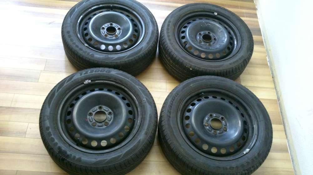 4 x Stahlfelgen mit Reifen Ford Sommerreifen 205/55R16 91V .6.1/2Jx16 ET 52.2