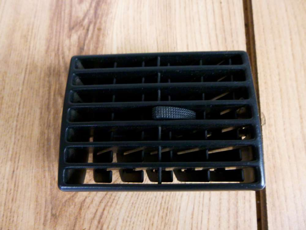 Audi A4 Bj.1998 Lüftungsgitter Luftdüse Ausströmer 893820971
