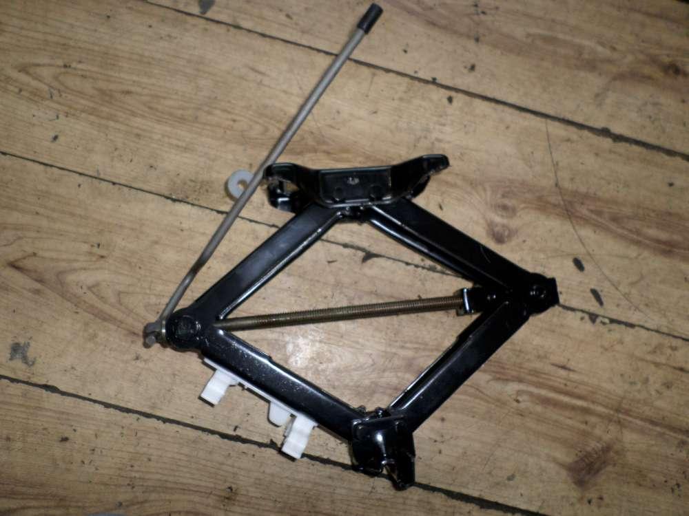 Ford Mondeo Bj.2002 Bordwerkzeug Radschlüssel Abschleppöse Wagenheber 1S4A-17032 AC