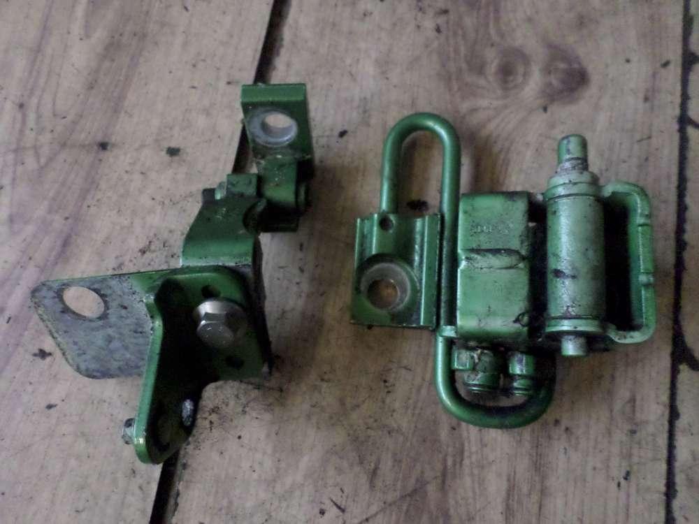 VW Golf 4 Türscharnier Scharnier Tür Hinten Links  Farbcode : LA6P 1J4833411