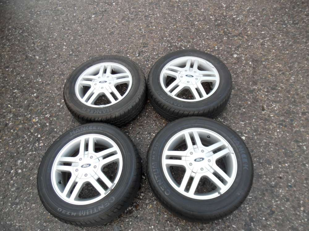 4 x Alufelgen Winterreifen + Allweterreifen Ford Focus  195/60 R15 88H  6Jx15  ET52,5