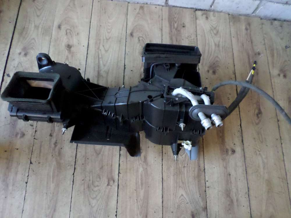 VW Golf 4 Bj.99 Heizungskasten Gebläse Lüftung Wärmetauscher 1J1819003L