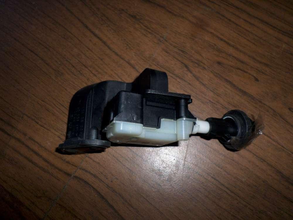 Mercedes Benz A150 Bj.2005 Stellmotor Tankklappe A2038201997