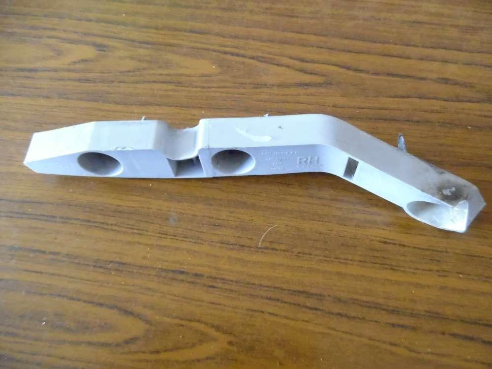 Ford Focus Stoßstangenhalter Halter Vorne Links 4M51-17D959AF