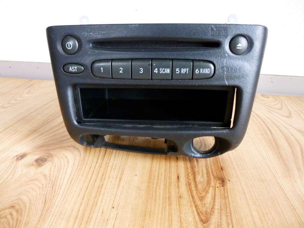 Toyota Yaris Verso Radio mit CD Spieler Player 86120-52260