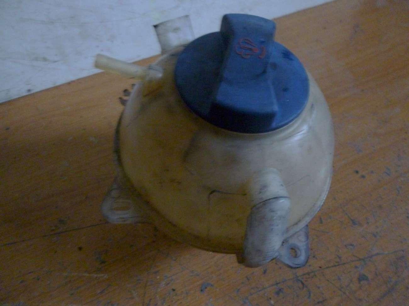 Skoda Octavia Bj.2002 Ausgleichsbehälter Kühlwasserbehälter 1J0121403