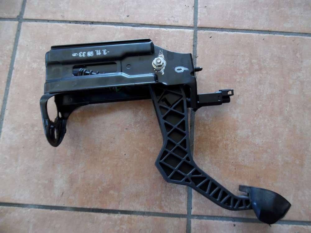 VW Golf 4 Bj:1998 Kupplungspedal Kupplung Pedal 1J1721321C