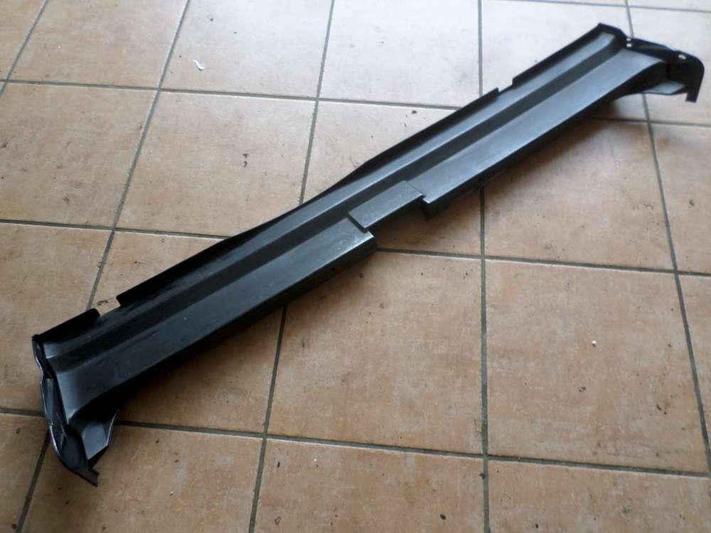 BMW E34 525TDS Original Verkleidung Ladekantenschutz 8126559