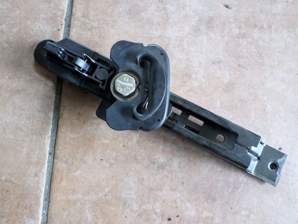 Seat Ibiza Verstellbeschlag Sicherheitsgurt 6Q0857819