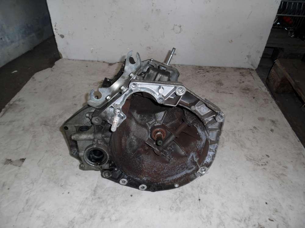 Fiat Idea Bj:2008 1,4 70 KW Getriebe 55196336 Schaltgetriebe 6 Gang 96721 KM