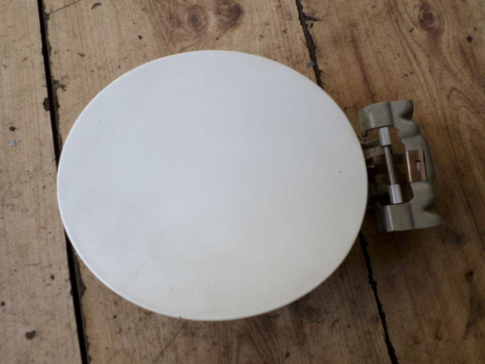 Nissan Note E11 Tankklappe Tankdeckel weiss Farbcode Trim 326 G