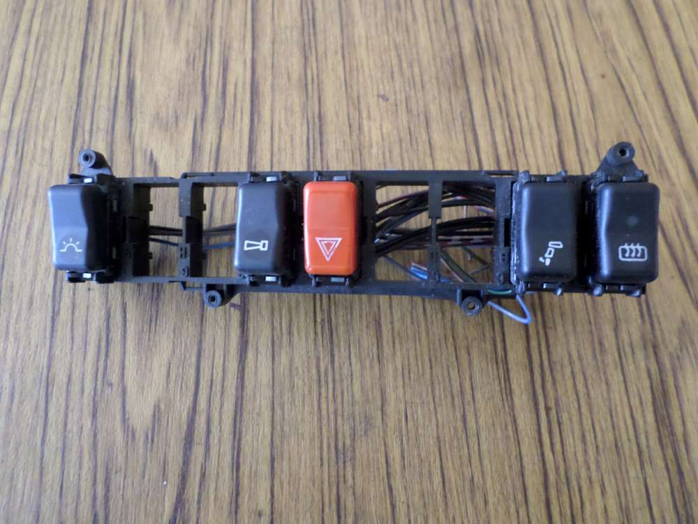 Mercedes E-Klasse W124 Schaltkulisse Warnblinkschalter heckscheibenheizung 1248210071