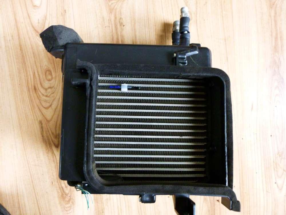 Nissan Almera Klima Kühler 9D16C / Q272701N706 / 8129565010