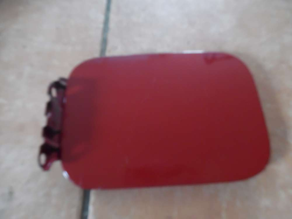 VW Golf 3 Tankklappe Tankdeckel Rot 1H9809905