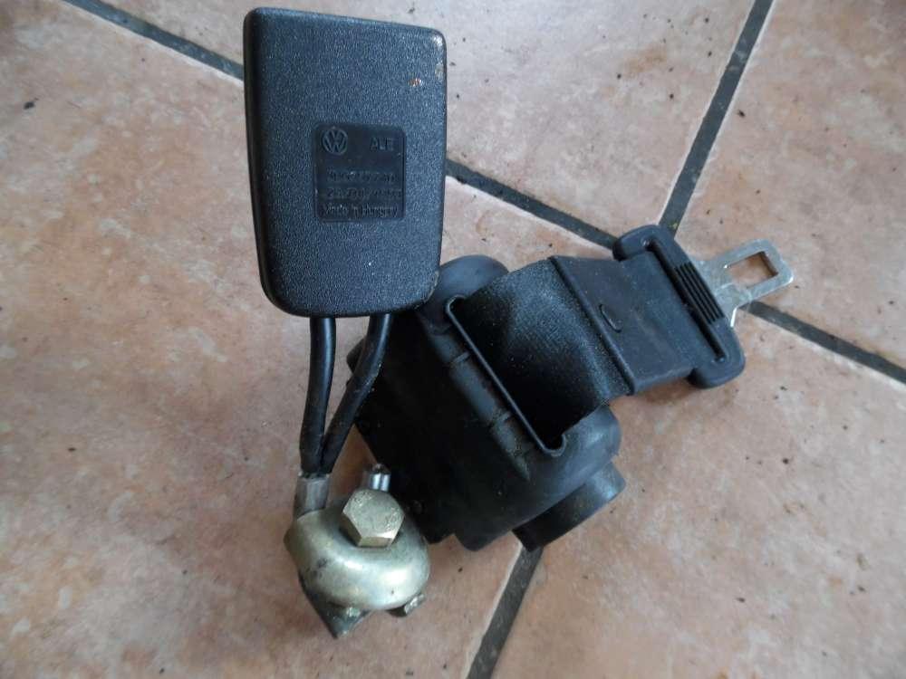 VW Passat Kombi Bj:98 Sicherheitsgurt Gurt hinten mitte 3B0857813B