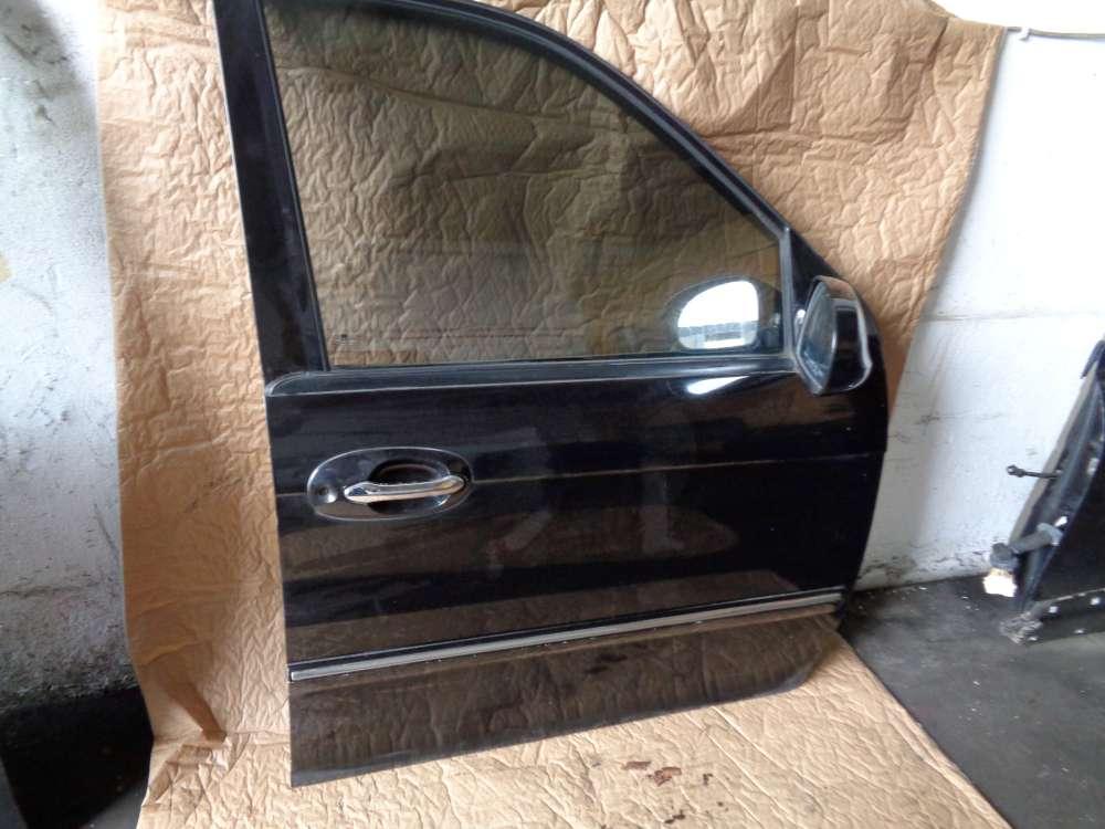 KIA Carnival Bj:05 2.9 CRDI Tür Vorne Rechts Farbe : 9P Midenight Black