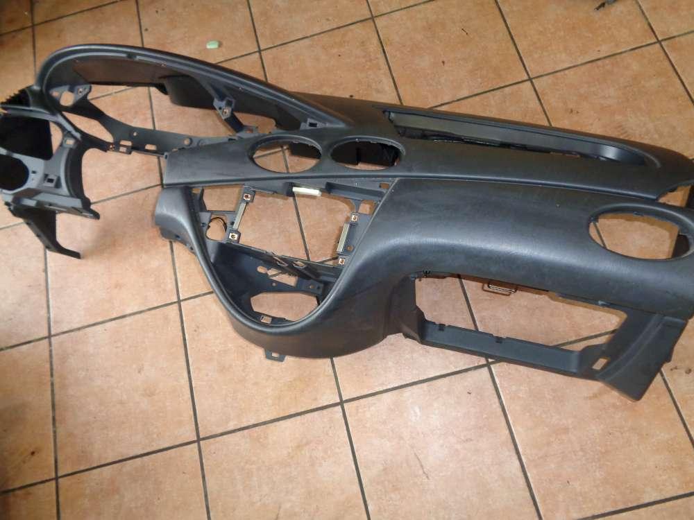 Ford Focus Bj:02 Armaturenbrett 98AB-18A636A