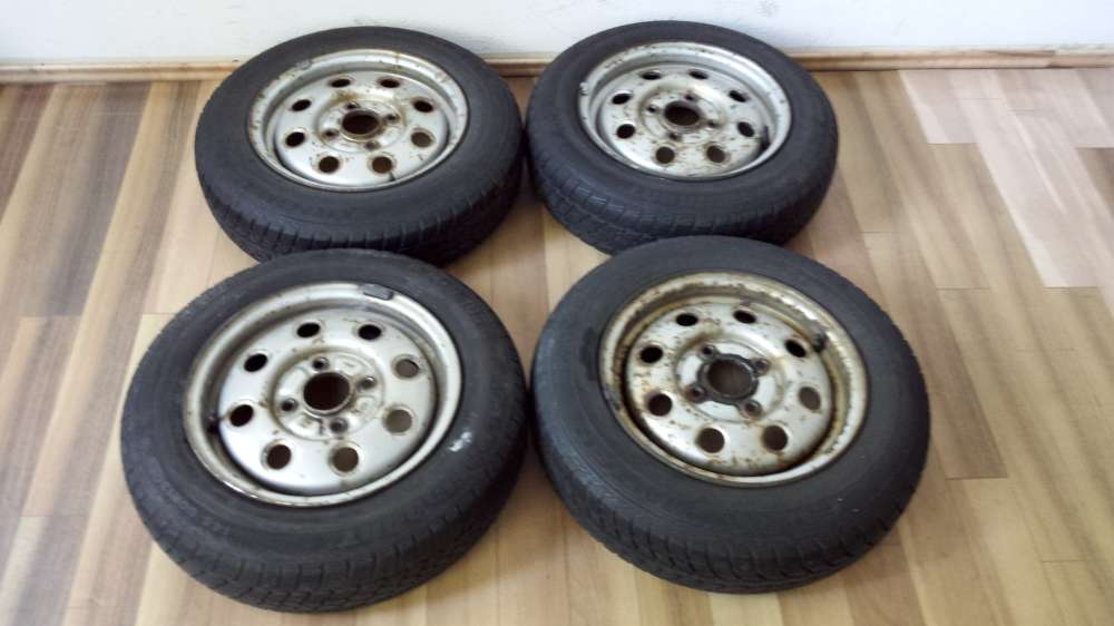 Winterreifen Stahlfelgen für Ford 145/80 R13 75 M+S 13x5J  ET: 41.4