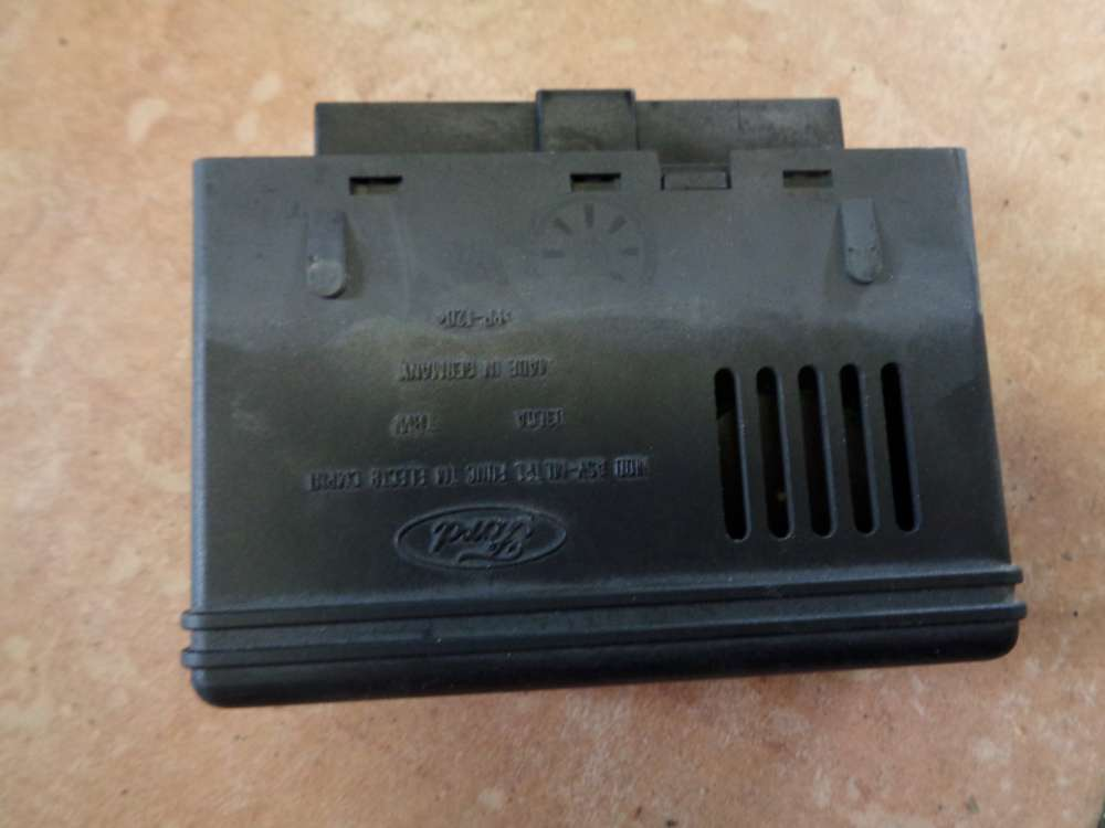 Ford Focus Kombi Bj:1999 Steuergerät komfortsteuergerat 98AG14K150AF