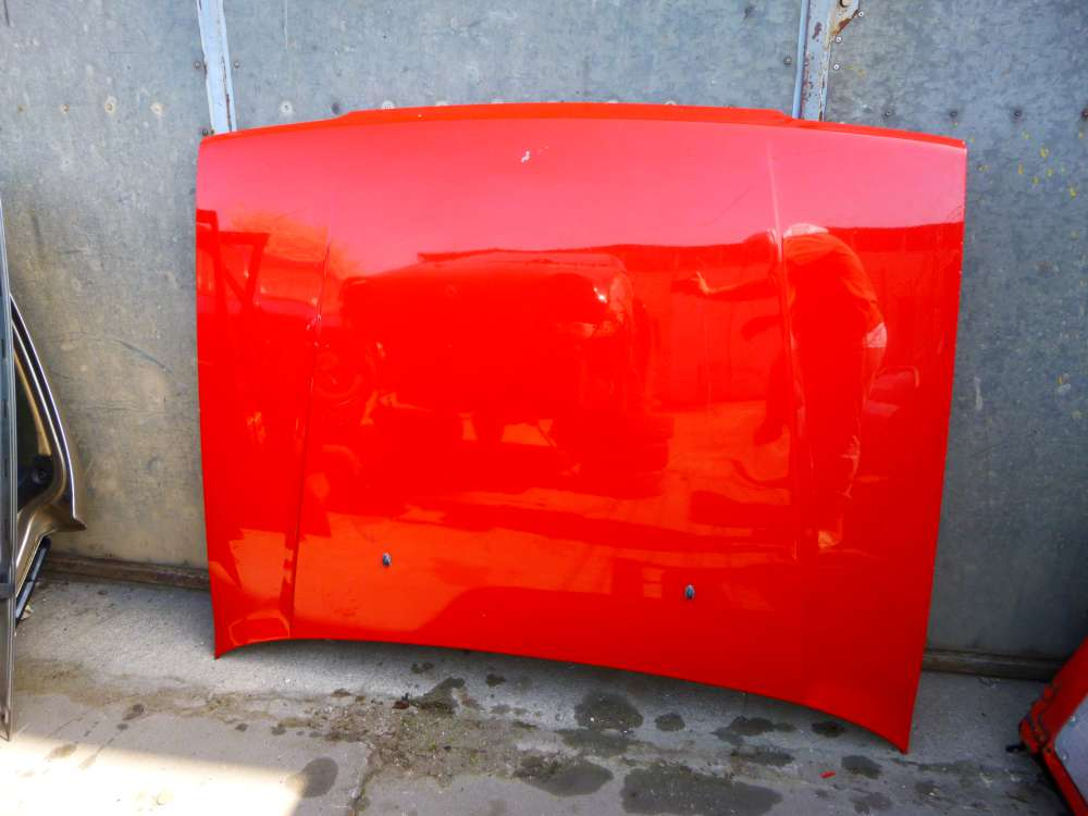 VW Golf 3 Bj 1991 bis 1997 Motorhaube Farbe : Rot