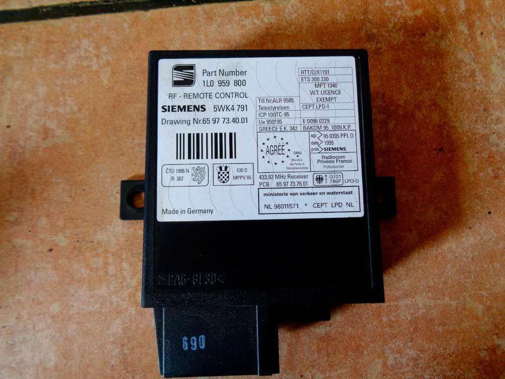 VW Polo 6N Bj:1997 Steuergerät Funkfernbedienung 1L0959800
