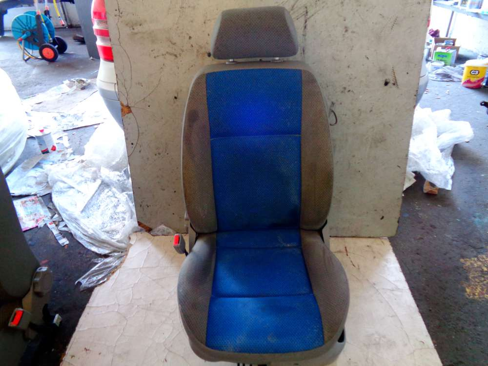 VW Polo 6N2 Bj:2000 3 Türer Fahrersitzs Sitze Vorne Links