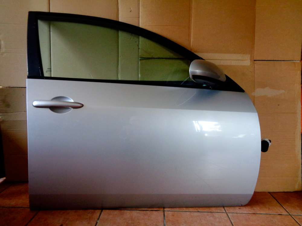 Nissan Primera P12 Kombi Bj:03 Tür Vorne Rechts Farbe : Grau KLO