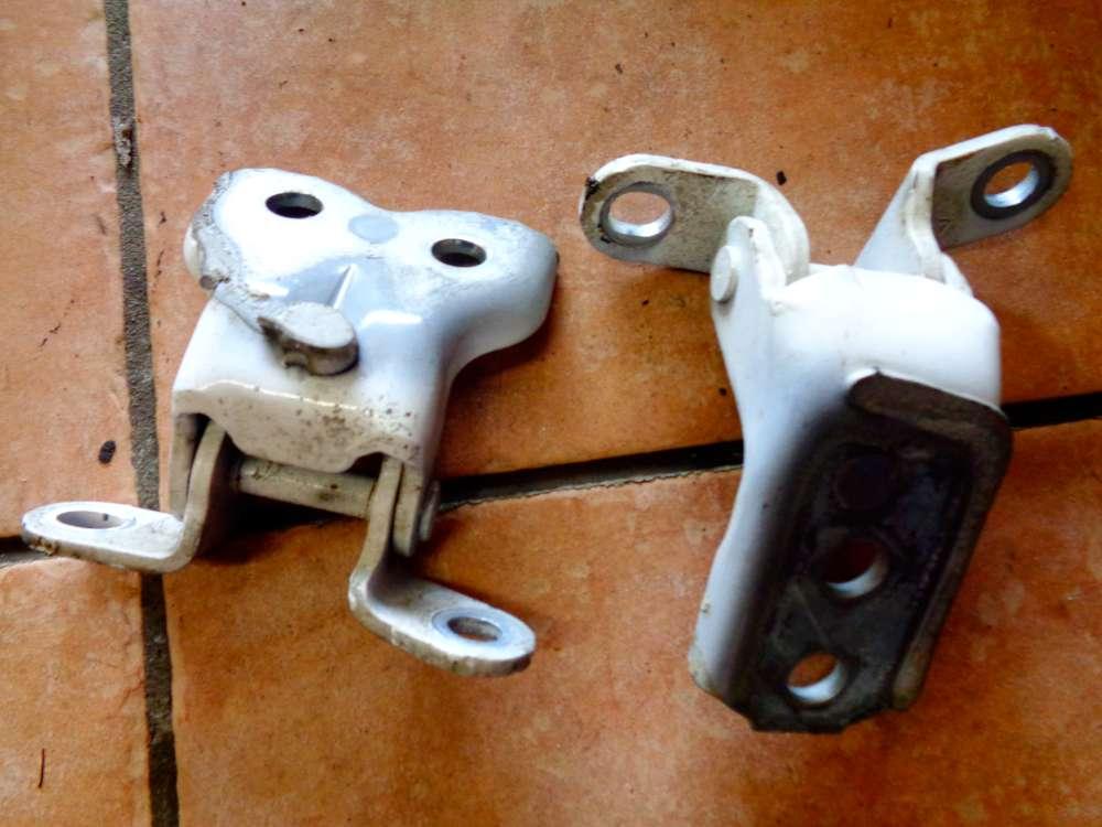 Peugeot 107 Bj:09 3 Türer Türscharniere Vorne Links