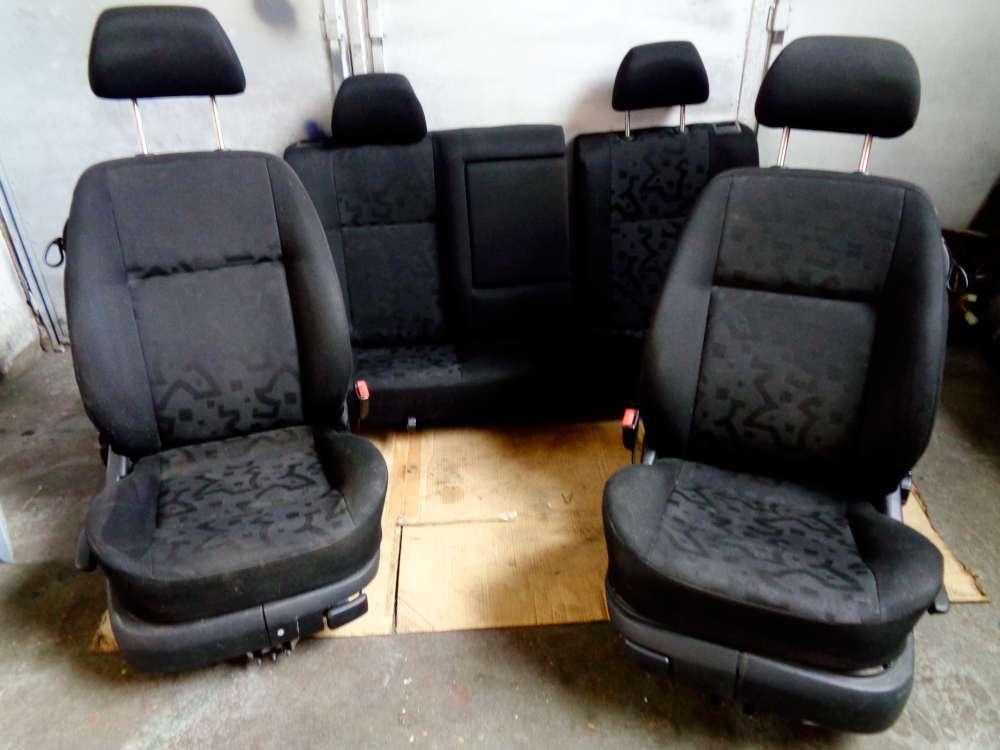 VW Golf 4 Bj:2000  3 Türer Sitze Fahrersitz Beifahrersitz Rückbank Komplett