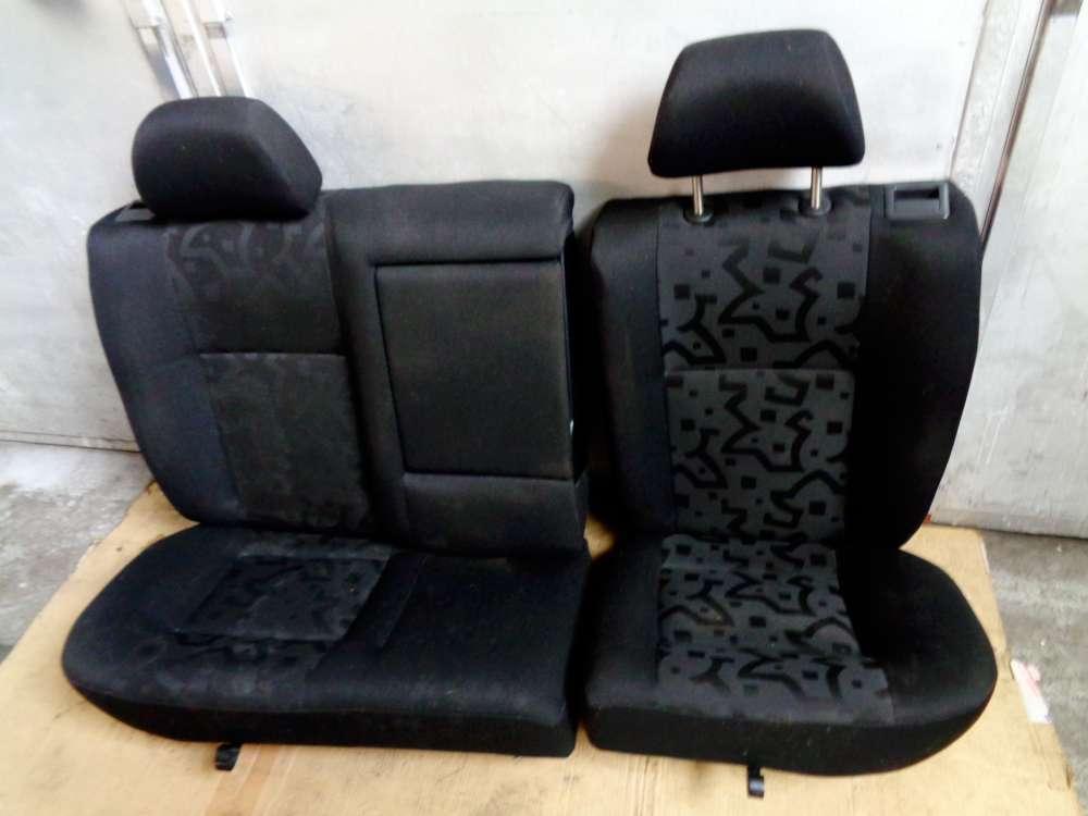 VW Golf 4 Bj:2000  3 Türer Rücksitzbank Rückbank Sitze Hinten