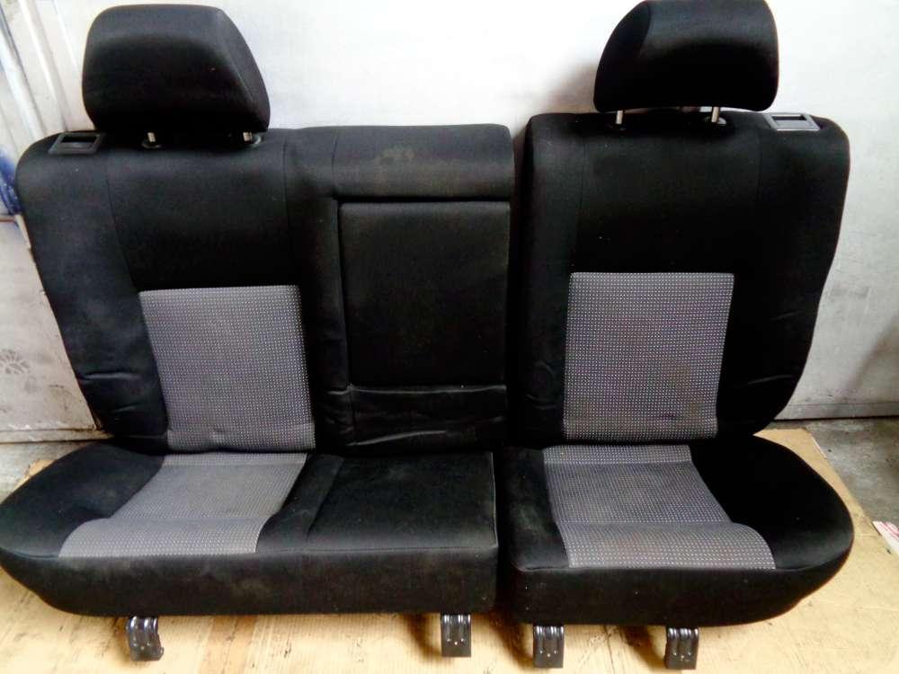 VW Golf 4 Kombi Bj:2002 Rücksitzbank Rückbank Sitze Stoff Hinten