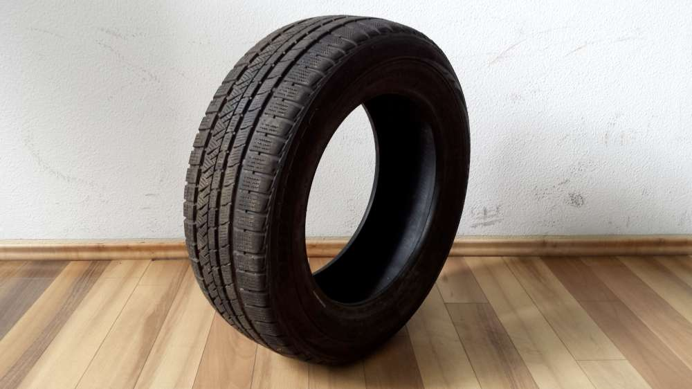 1 x Winterreifen Bridgestone M+S  185 65 R14 82T  DOT : 1810
