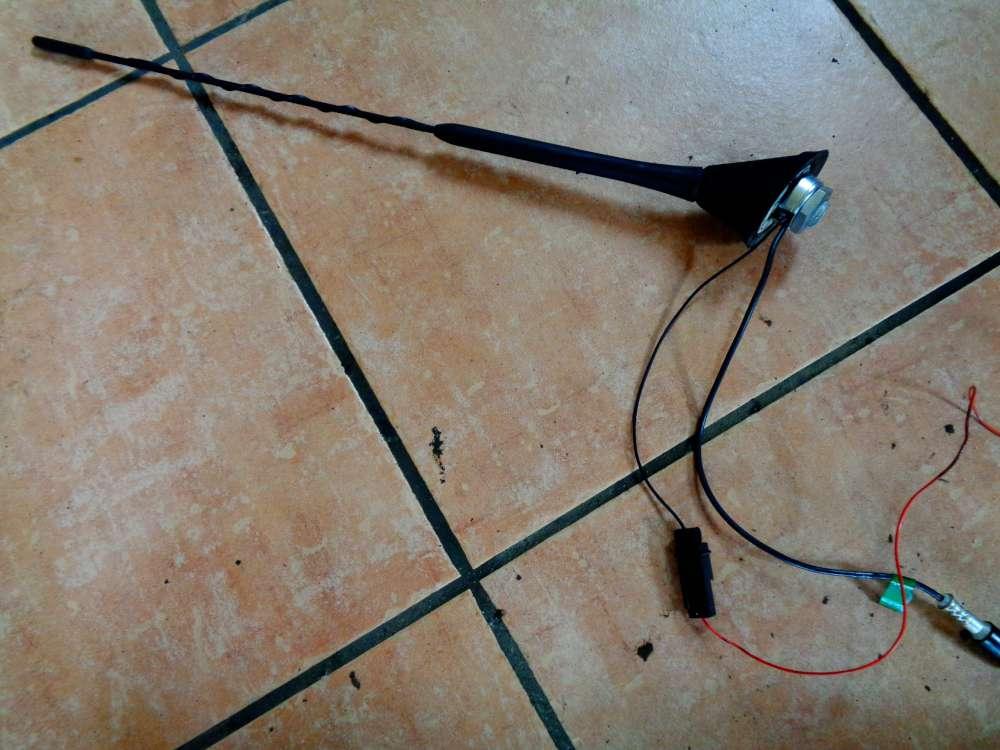 Fiat Panda 169 Bj:07 Dachfuß dachantenne Antenne 51723587