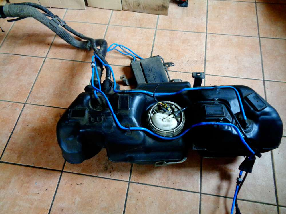 Fiat Panda 169 Bj:07 Tank Kraftstoffbehälter mit Kraftstoffpumpe 51706595