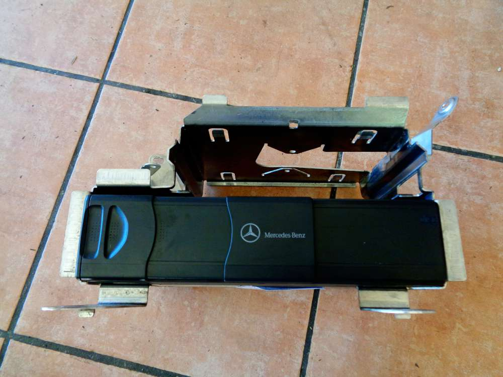 Mercedes Benz S-Klasse W220 Radio CD Wechsler Changer MC3330 A2208274642