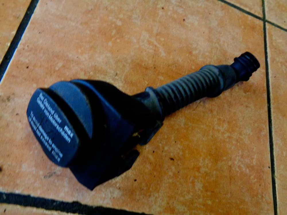 Mercedes W169 A-Klasse A180 Bj:05 Öleinfüllstutzen Deckel A6400100369