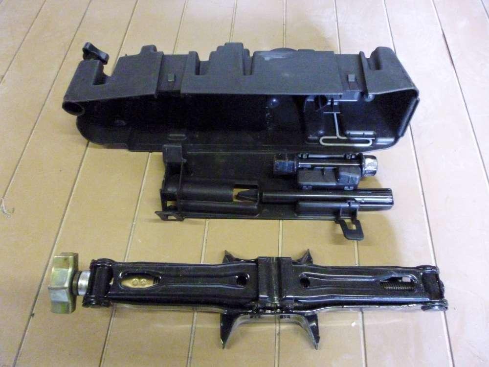 Renault Espace IV Wagenheber Bordwerkzeug 8200049294
