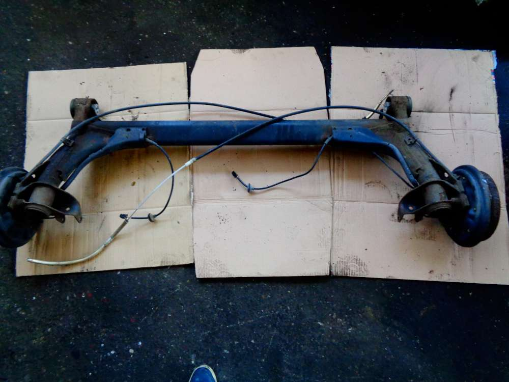 VW Polo 6N2 Bj:2000 Hinterachse Achsträger Achse Hinten mit Kabel 6N0609721K