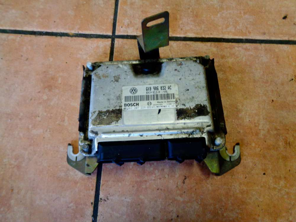 Seat Ibiza 6K Bj:2001 Motorsteuergerät 6K0906032 AC