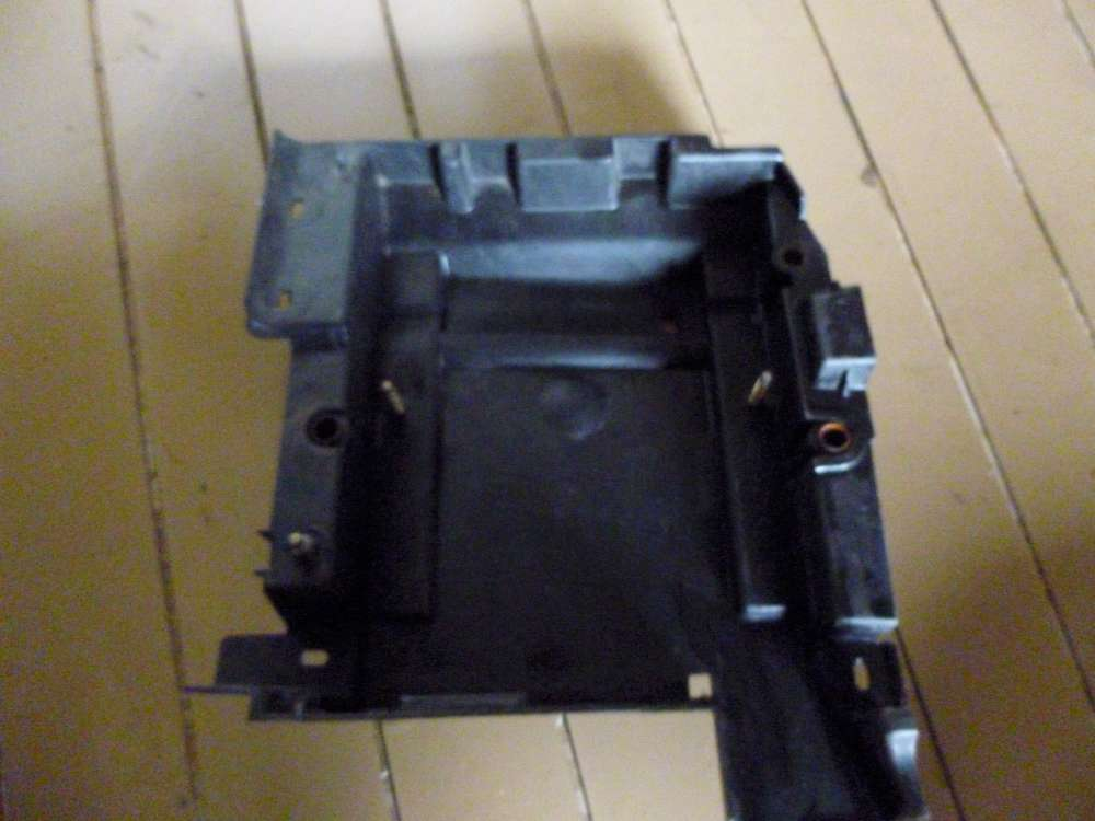 Renault Espace IV Battriekaste Halter Batterie 8200003065 L