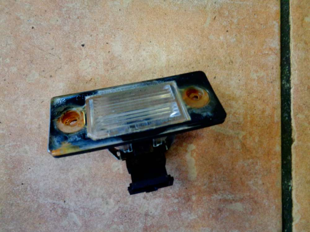 Skoda Fabia 6Y2 Bj:2002 Kennzeichenbeleuchtung Kennzeichenbeleuchtung 6Y0943021