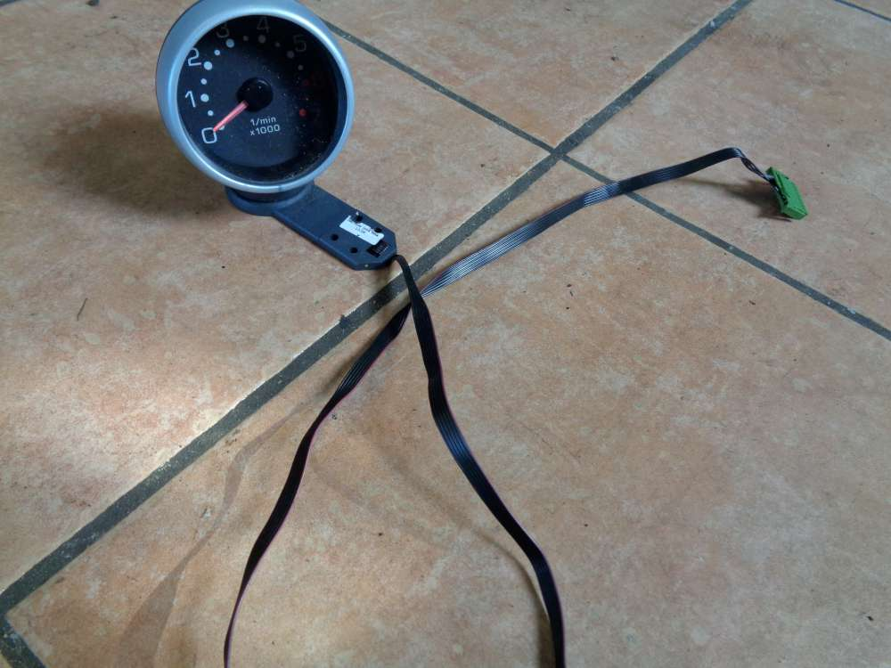 SMART Fortwo MC01 Bj:06 Zusatzinstrumente Drehzahlmesser 0001196