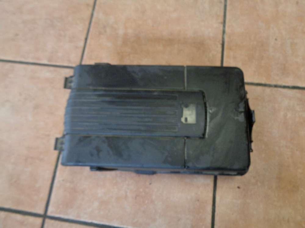 VW Golf Passat Sharan Touran Skoda Batteriefach Deckel 3C0915443A