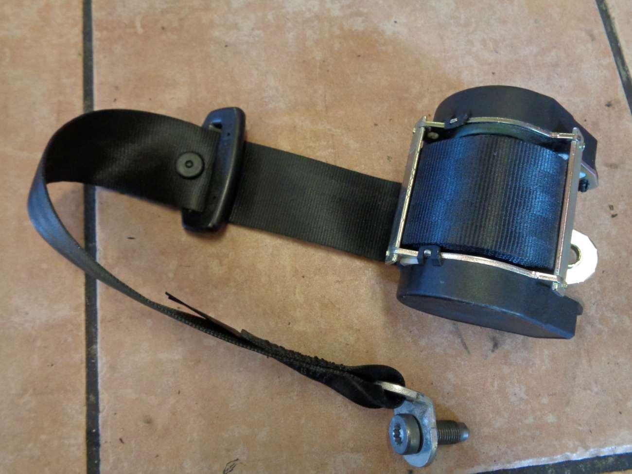 Seat Altea XL 5P Bj:2008 Gurt Sicherheitsgurt Hinten Links 5P0857805D