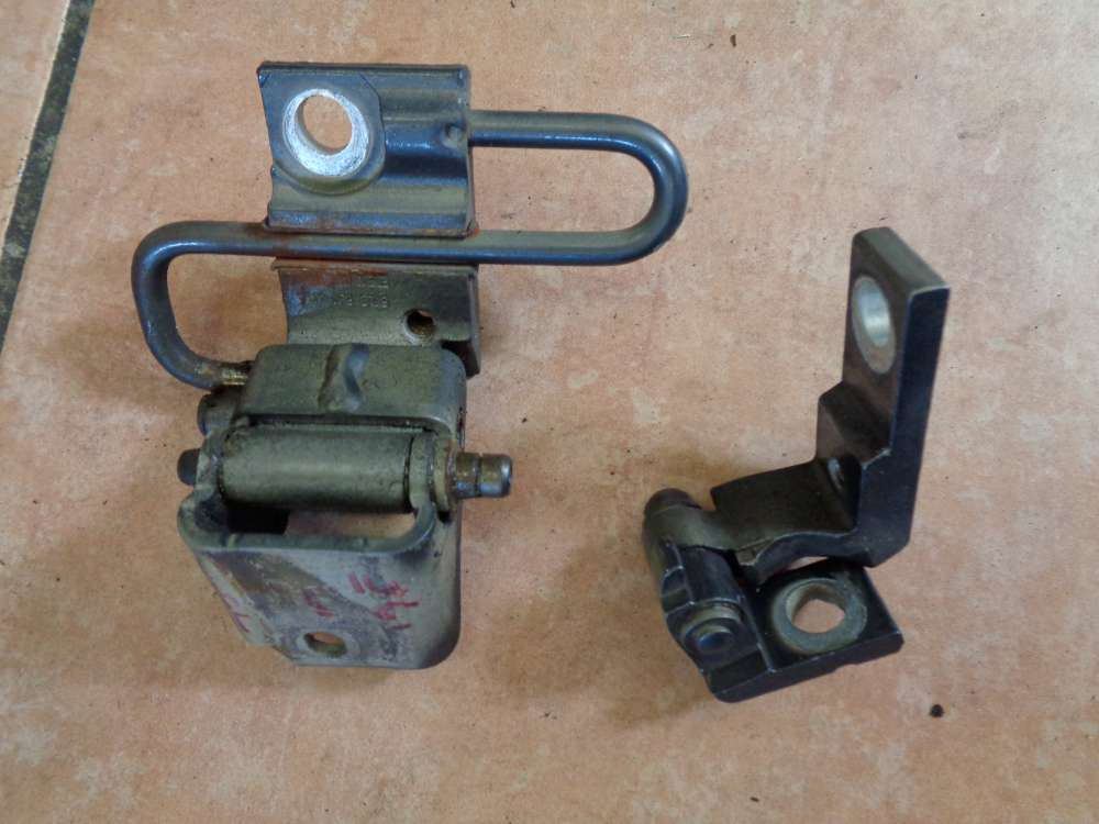 Seat Altea XL 5P Bj:2008 Türscharnier Tür Scharniere Vorne Links 6Q4833412A