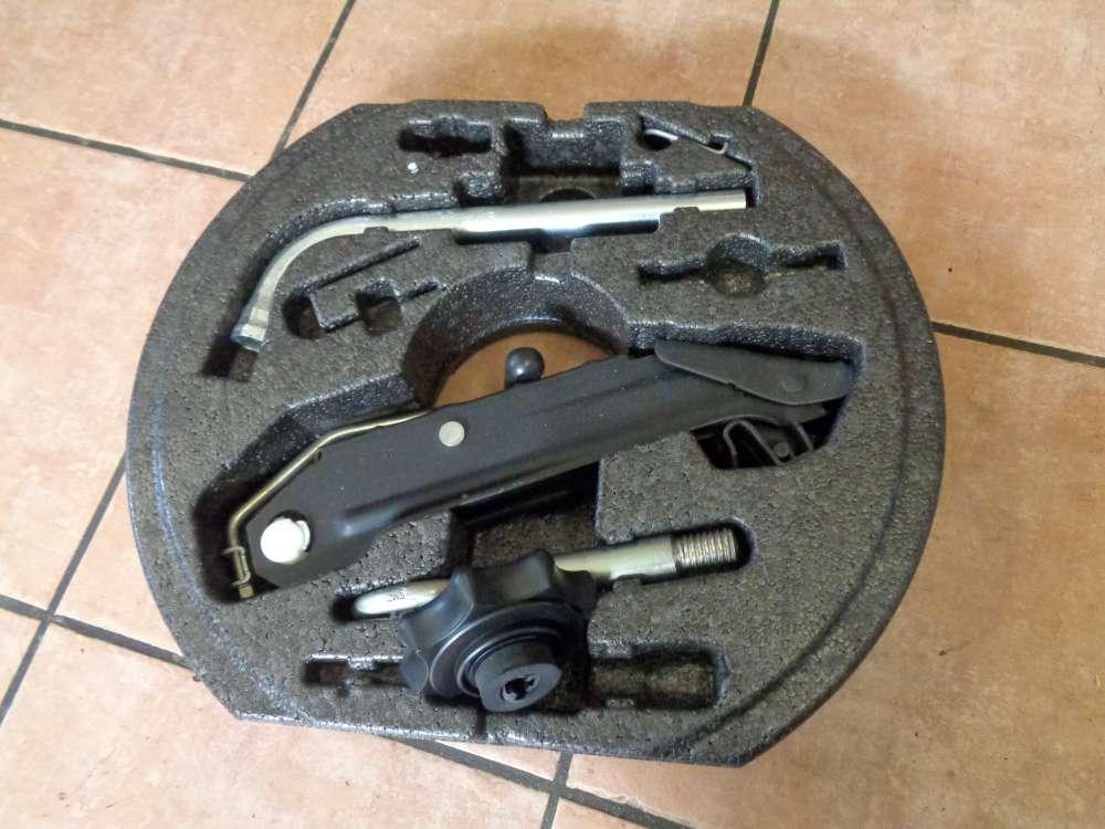Seat Altea XL 5P Bj:2008 Werkzeugkasten Werkzeughalter Pannenset 5P0012115C