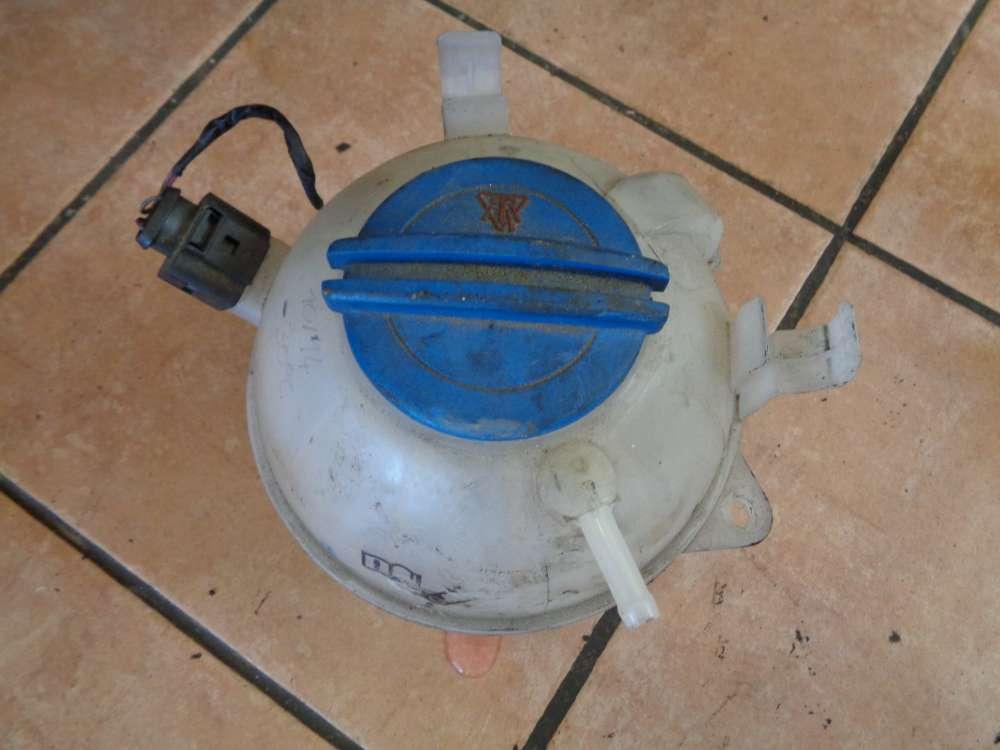 Seat Altea 5P 1,9 TDI Bj:2007 Kühlwasserbehälter Ausgleichsbehälter 1K0121407