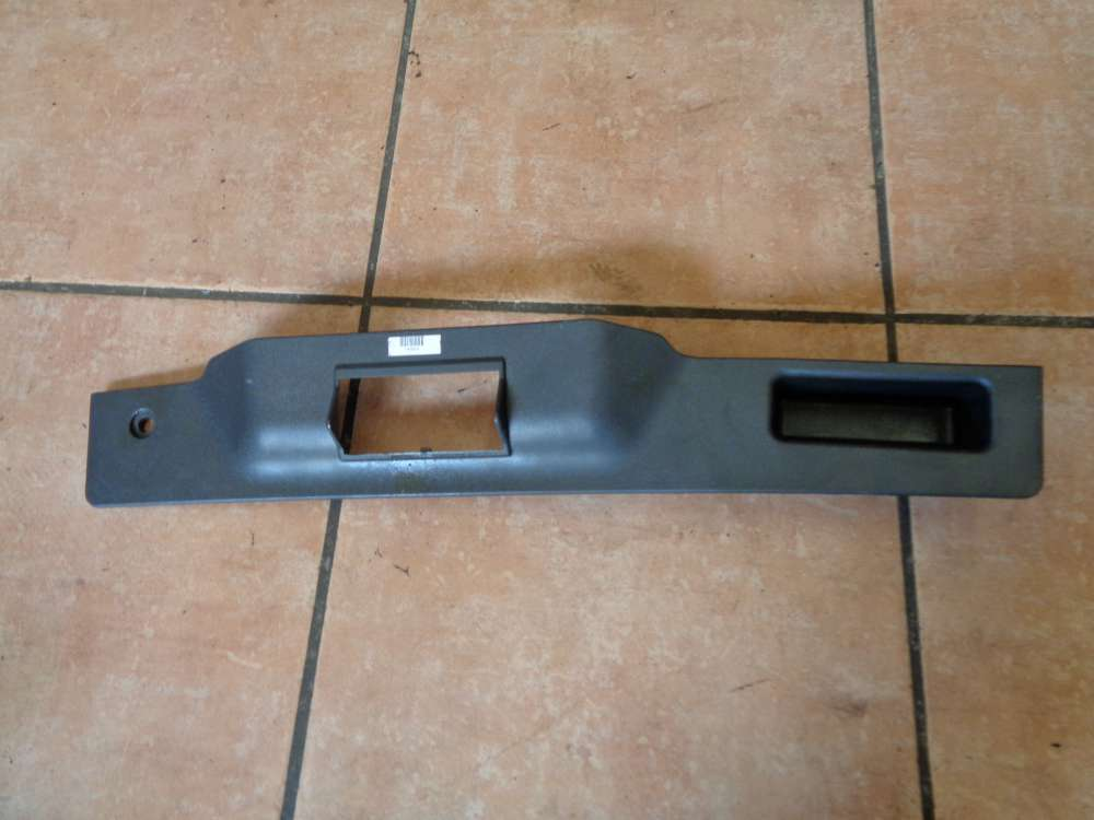 Opel Astra H Kombi Bj:2008 Verkleidung Heckklappe Griff 13140361