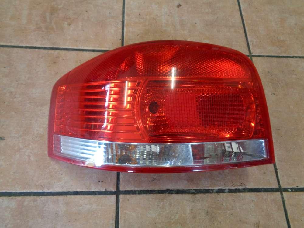 Audi A3 8P Bj:2003 Heckleuchte Rückleuchte Rücklicht Links 8P0945095