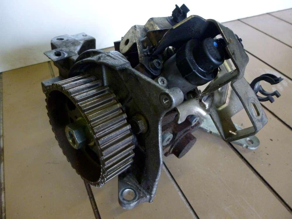 Ford Focus II Bj:2006 Hochdruckdieselpumpe Bosch 0445010102